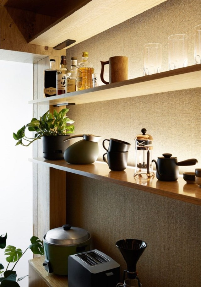 A-small-contemporary-apartment-with-big-house-feeling-for-small-footprint-life-7