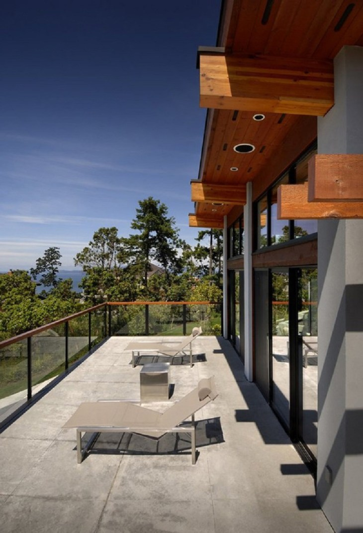 A-sophisticated-home-with-geometric-elements-and-natural-materials-1