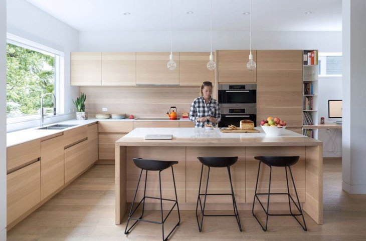 An-alluring-contemporary-house-with-a-black-facade-5