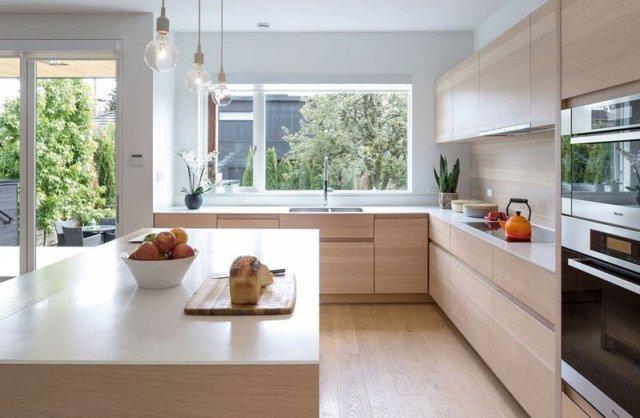 An-alluring-contemporary-house-with-a-black-facade-6