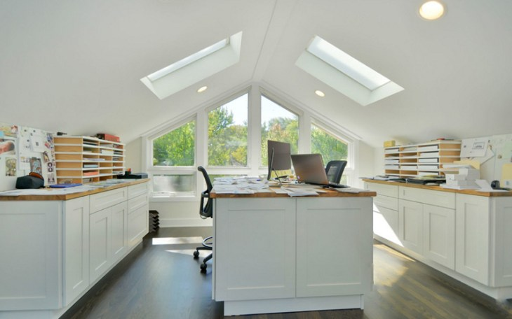 Clear-clutter-from-the-desk