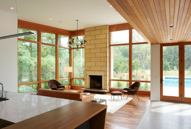 Home-design-with-different-natural-materials-to-achieve-modern-ranch-appeal-4