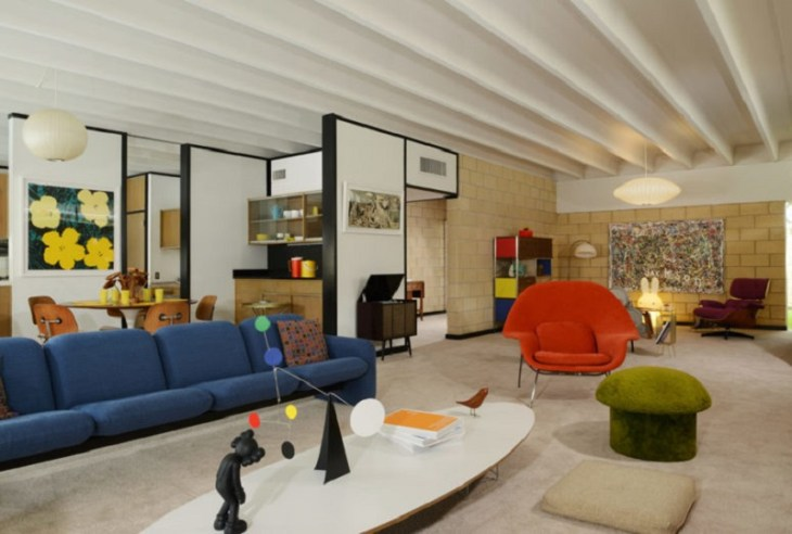 How-to-design-colorful-furniture-in-a-gorgeous-mid-century-modern-house-2