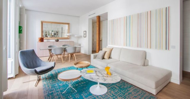 Inspiring-apartment-decoration-which-use-bright-colors-patterns-and-a-textures-1