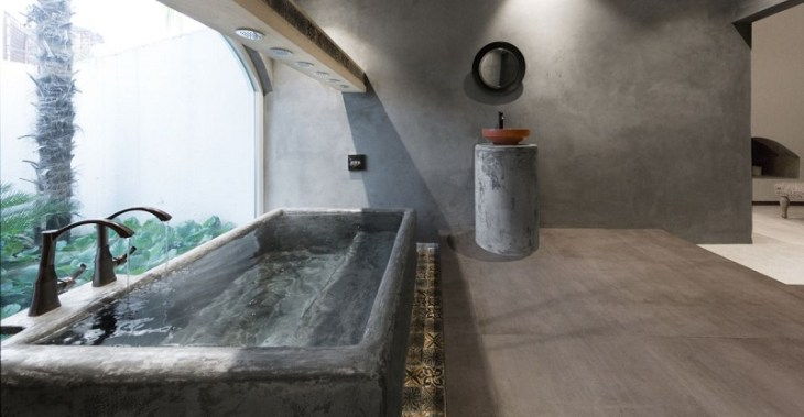 Modern-bathroom-with-concrete-tub