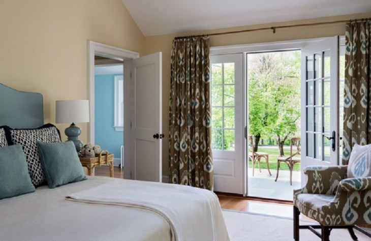 Printed-drapes-for-glass-door