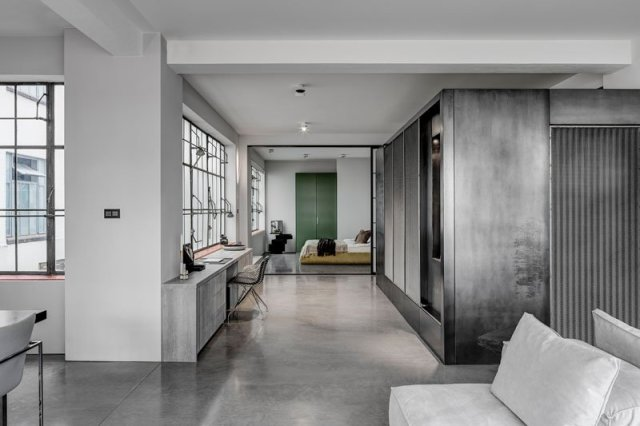 This-apartment-with-industrial-elements-that-once-is-a-shoe-factory-1