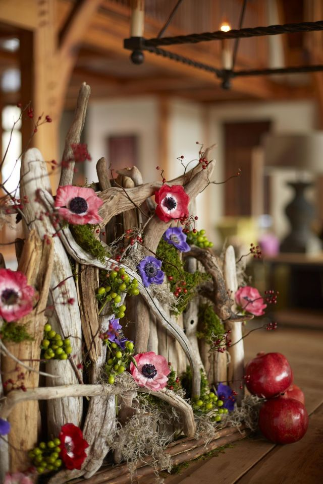 Nature-inspired Perfectly Impressive Winter Rustic Centerpieces Where Your Guest Can Not Deny