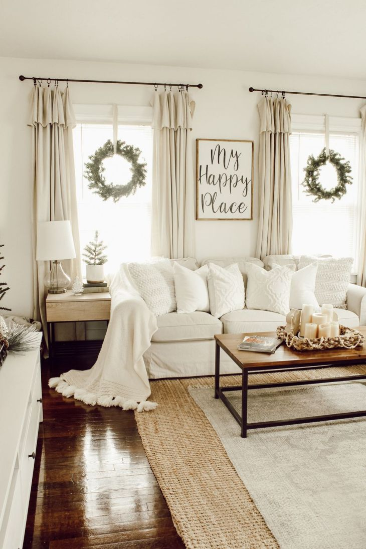 Simple christmas living room Sophisticated Christmas Living Room Decoration Ideas To Invite More Holiday Spirit