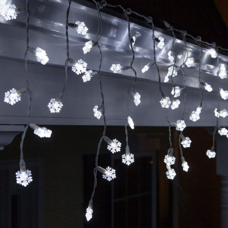 Snowflake-icicle-lights