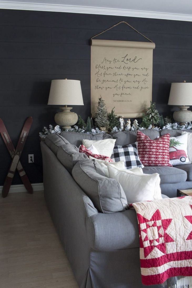 Winter-ready living room Sophisticated Christmas Living Room Decoration Ideas To Invite More Holiday Spirit