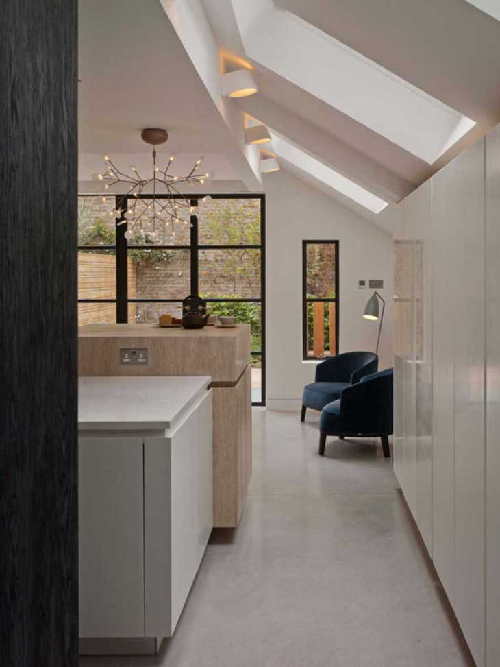 Additional bedroom and living space in this victorian terrace are totally cool 3