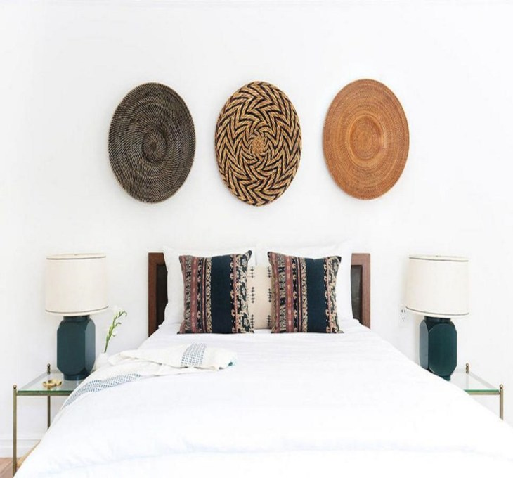 Basket beauties Roaring Above The Bed Decoration Ideas To Have A Fresher Look