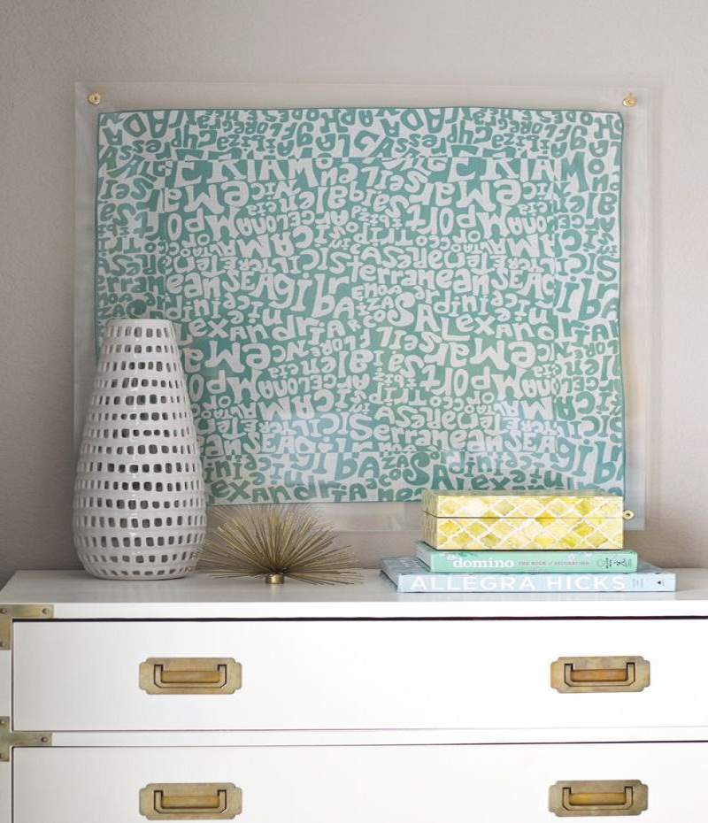 Lucite framed scarf Affordable DIY Dorm Room Dcor Ideas To Have Your New Square Feels Homey