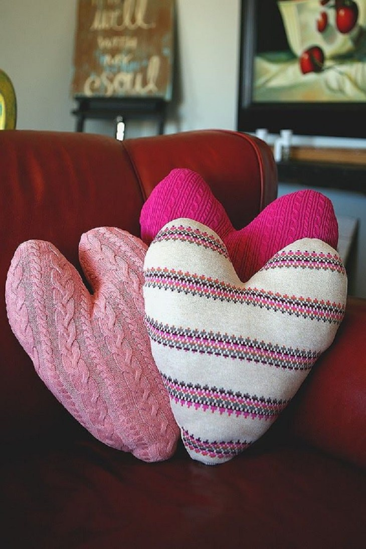 Sweater heart pillows Full Of Love Valentine Days Decoration For Your Most Memorable Moments