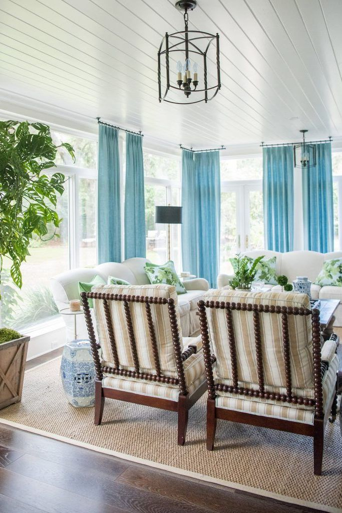 Breezy sunroom Fantastic Sunroom Ideas To Soak Up The Sunlight For Your Most Enjoyable Spot At Home