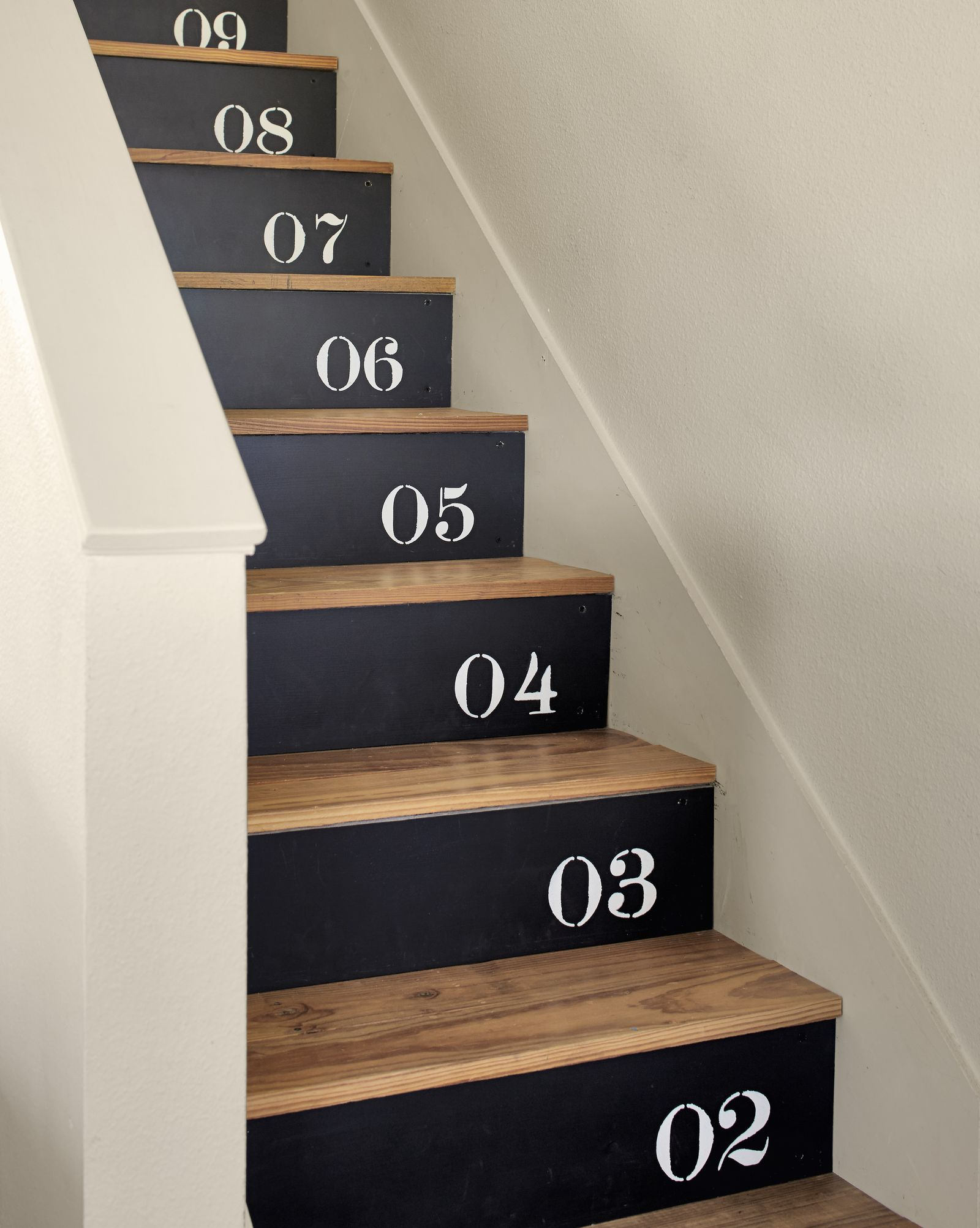 Creative 1 2 3 painted stairs Pristine Painted Floor Ideas To Have A Masterpiece Presentation