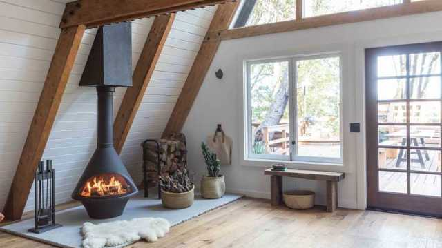 Gorgeous cabin with a personal sanctuary from busy city lives and a place to recharge 5