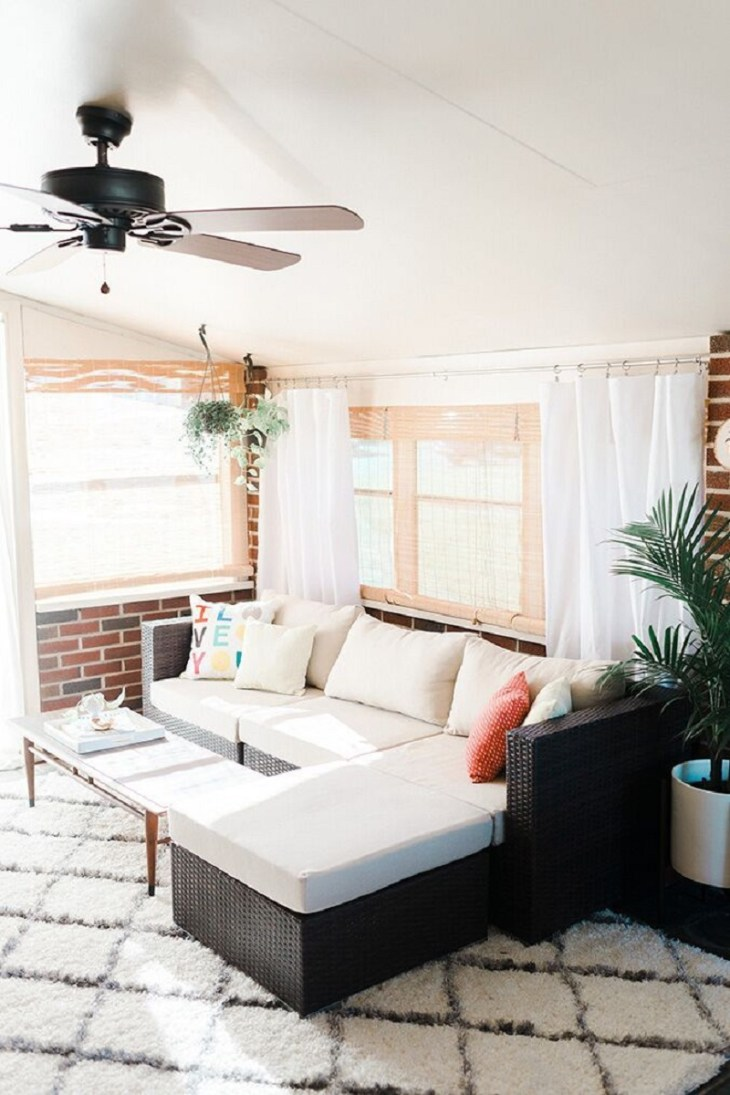 Mid-century sunroom Fantastic Sunroom Ideas To Soak Up The Sunlight For Your Most Enjoyable Spot At Home