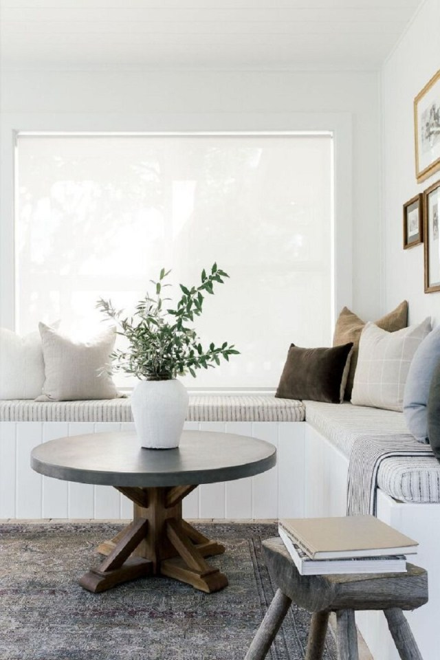 Neutral sunroom Fantastic Sunroom Ideas To Soak Up The Sunlight For Your Most Enjoyable Spot At Home