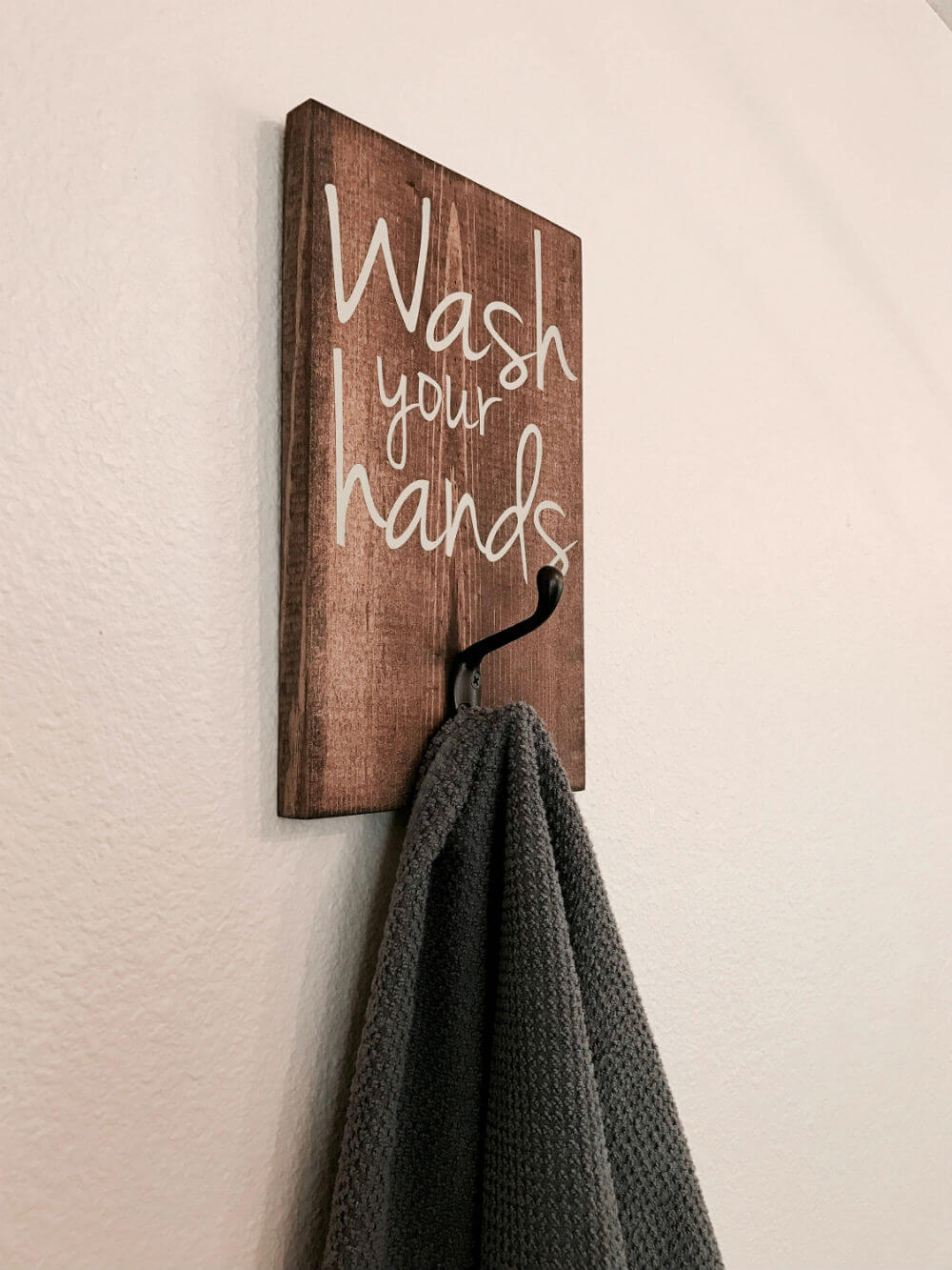 Red roan sings wall hooks https://homebnc.com/best-etsy-bathroom-accessories-ideas-to-buy/