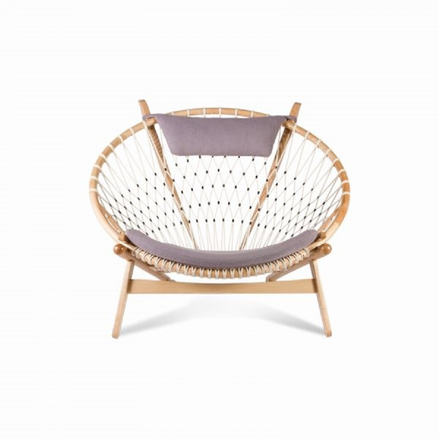Circle chair The Most Artistic Sculptural Chairs To Add An Exhibition Touch In Your Home