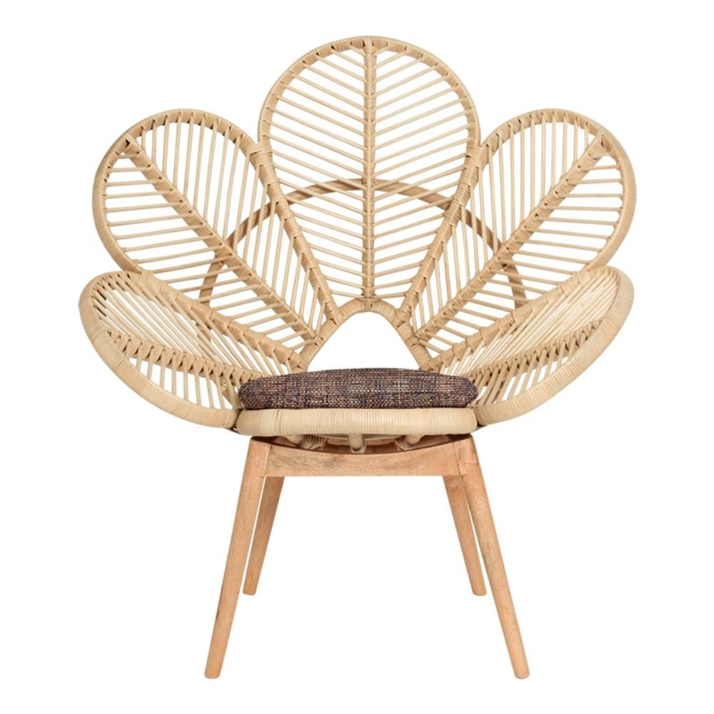 Flower love chair The Most Artistic Sculptural Chairs To Add An Exhibition Touch In Your Home
