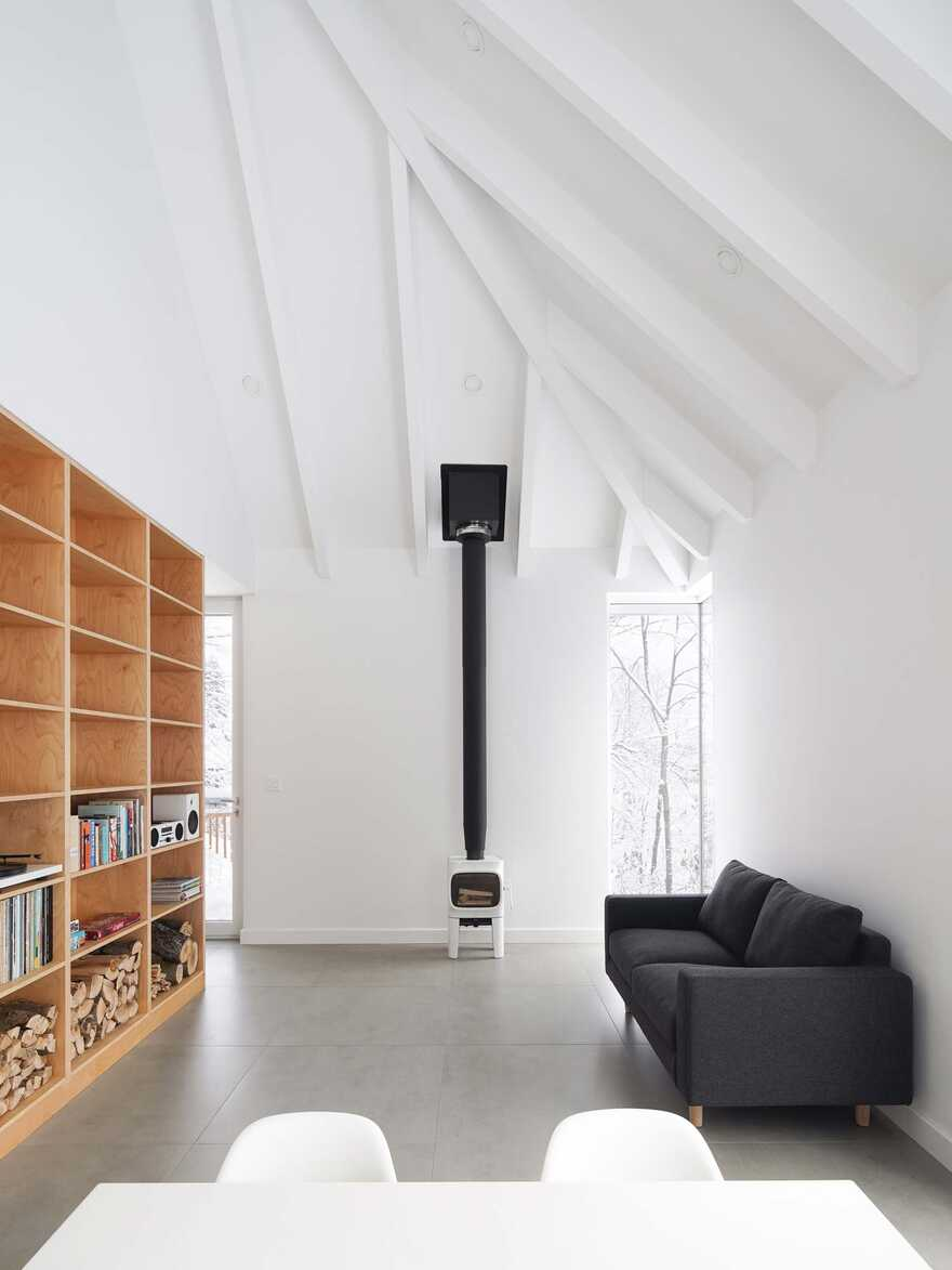 Minimalist house with monolithic architecture to get rest better annd rid our stress 2