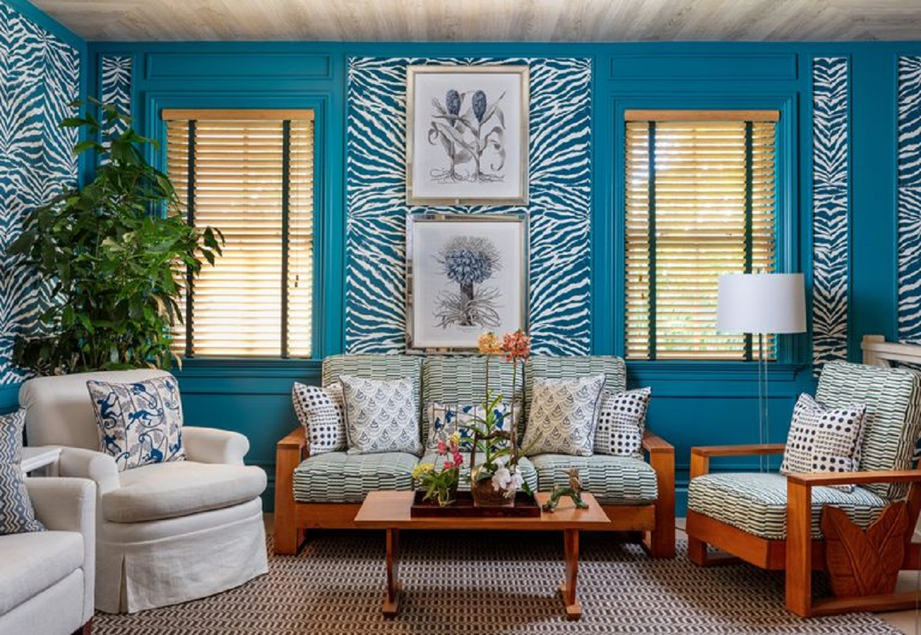 More air of the tropics First-Class Window Treatment Ideas For Infusing Luxurious Style Into Every Room In Your Home