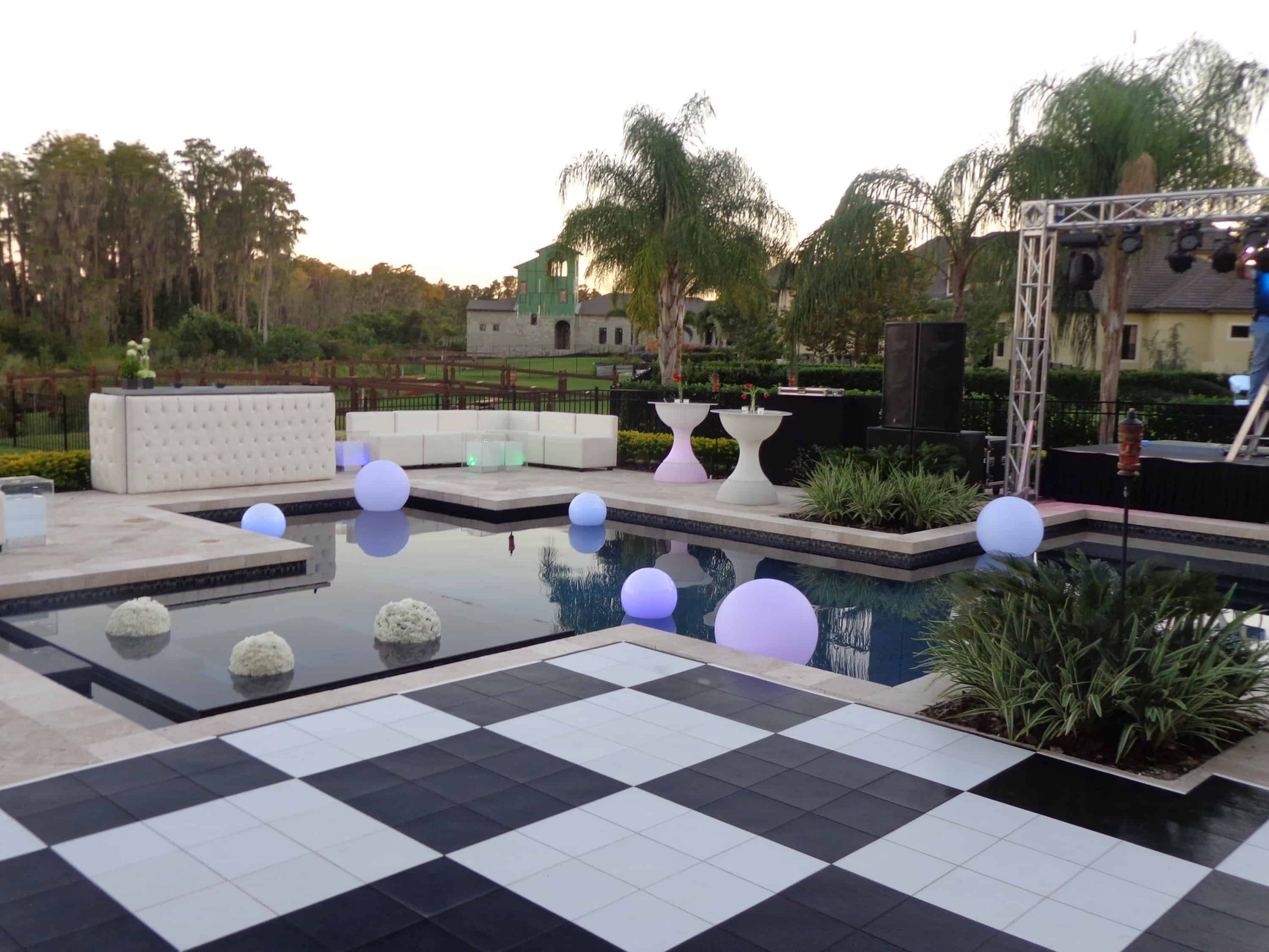 Outdoor chess ideas 1 Chess Floor Ideas To Present A Game Vibe In Any Room Of Your House