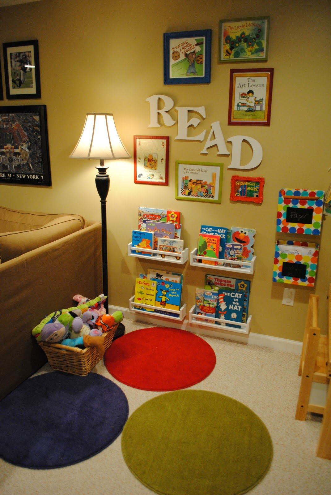 Lived-in library spot Entertaining Reading Nook For Your Kids To Enjoy The Wonderful Knowledge From Books