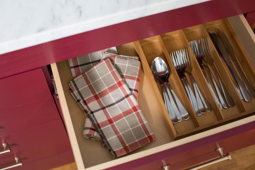 13 Easy Tips for Keeping an Organized Kitchen