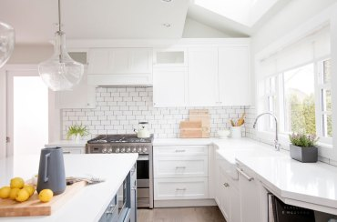 12-subway-tile-backsplash