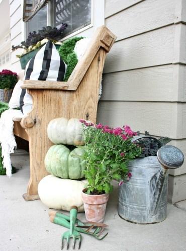 Veranda-fall-gardening-lover-decor