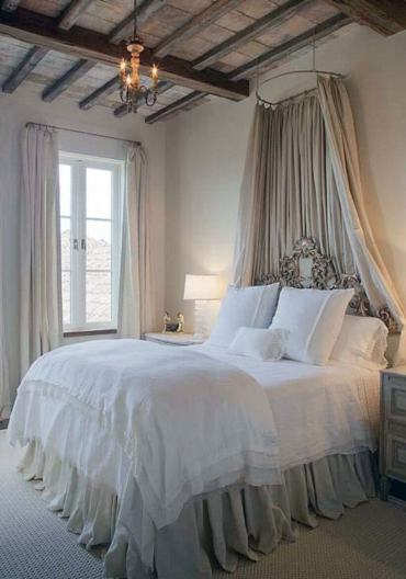 10-french-country-bedroom-decor-design-ideas-homebnc