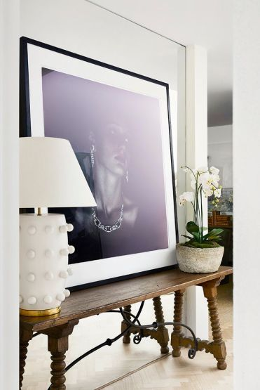 Console-table-decorating-ideas-monomeath-ave-02-1598388538