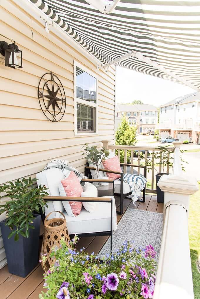 Enjoy Your Summer with These 4 Porch Decoration Ideas