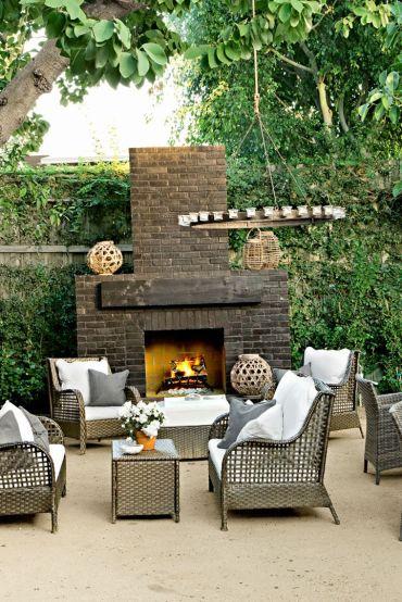 54bf8e39cb328_-_16-hbx-brick-outdoor-fireplace-tobin-0513-s2