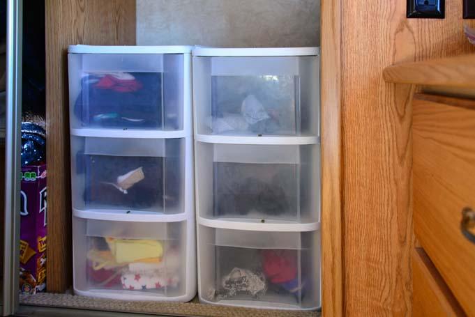 Storage-ideas-for-rv-closets_1