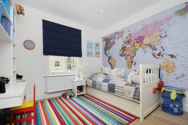 Simplicity-of-the-rug-design-makes-it-prefect-for-a-modern-kids-room-768x511