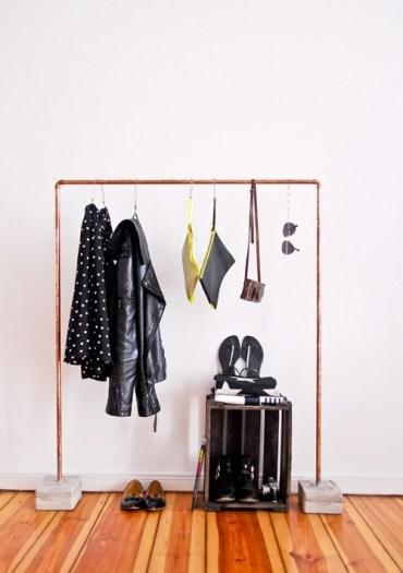 Industrial-diy-copper-and-concrete-coat-rack-2-500x746