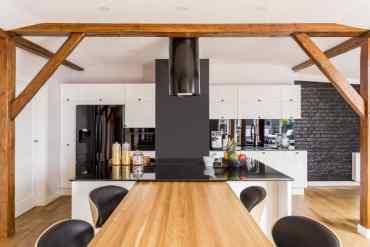 Modern-black-and-white-kitchen-6