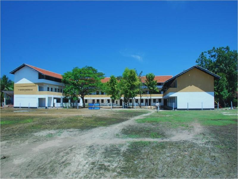 The KSV Yorkshire School in Sri Lanka opened in 2007 after rotary clubs in district 1040 raised over £250,000