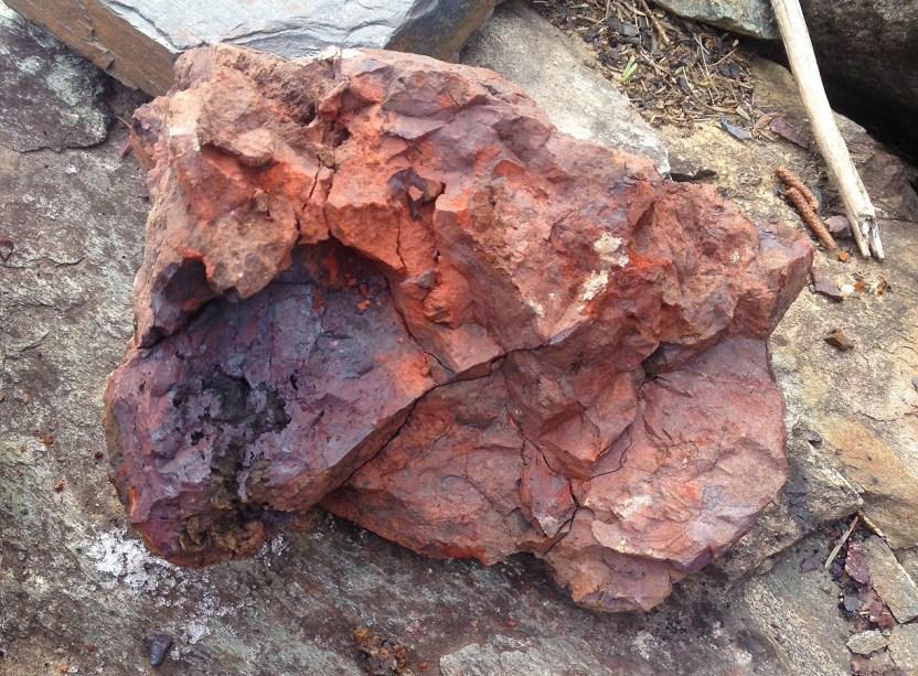 Roasted Limonite Iron Smelting