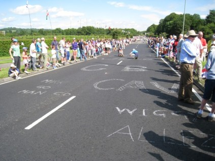 2012 Olympics: A24 approach road to Box Hill