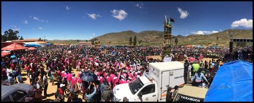 Tarabuco crowd at the Pukara.