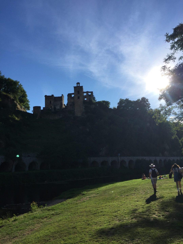 Chateau Laguépie France Aveyron Summer été