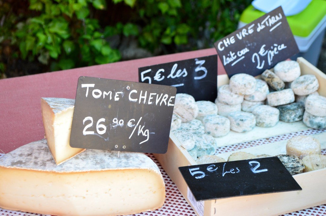 Fromage du chevre goat cheese marché najac france
