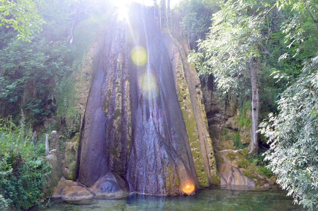 Waterfall Cascade Petrifiante Aveyron France