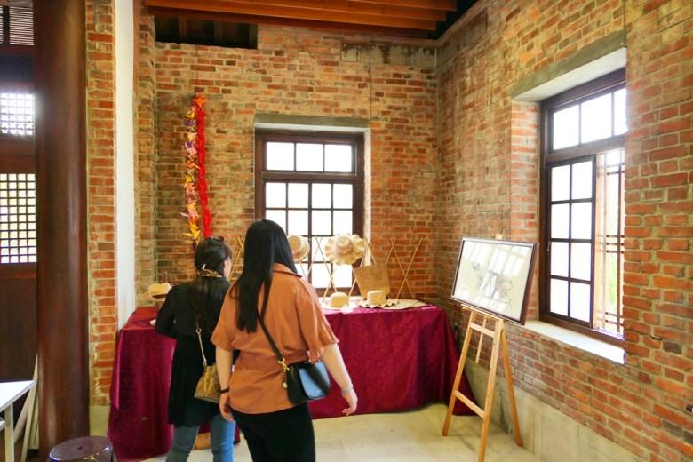 通霄神社拜殿內 | 藝文展示空間 | つうせうじんじゃ | Miaoli | Taiwan | RoundtripJp